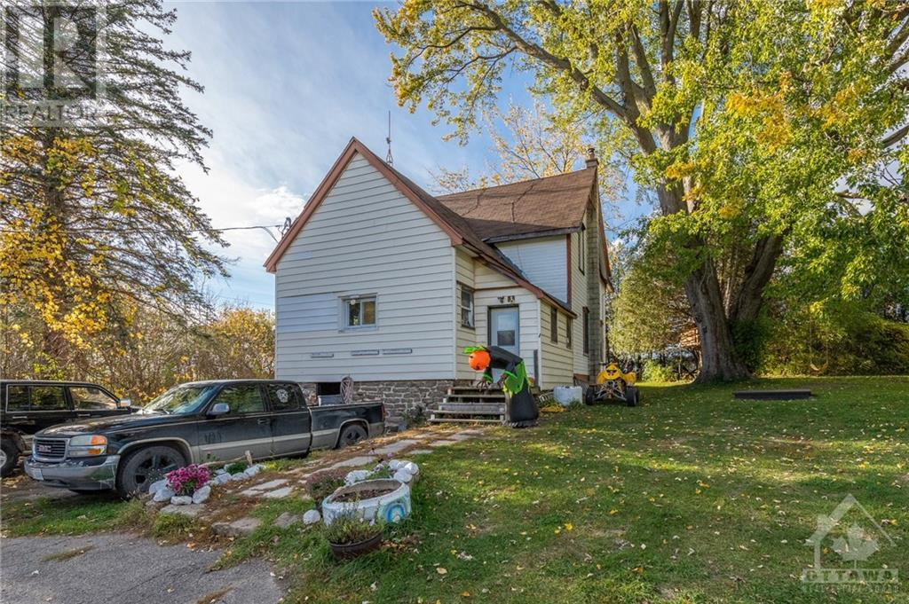 2800 Pierce Road, North Gower, Ontario  K0A 2T0 - Photo 4 - 1215718
