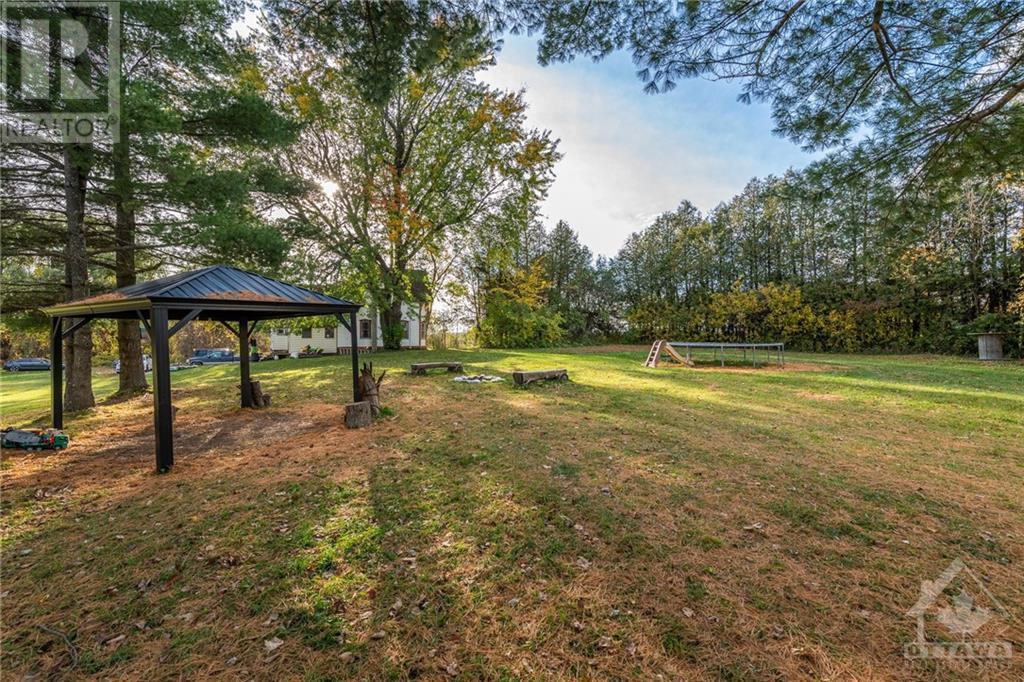 2800 Pierce Road, North Gower, Ontario  K0A 2T0 - Photo 7 - 1215718