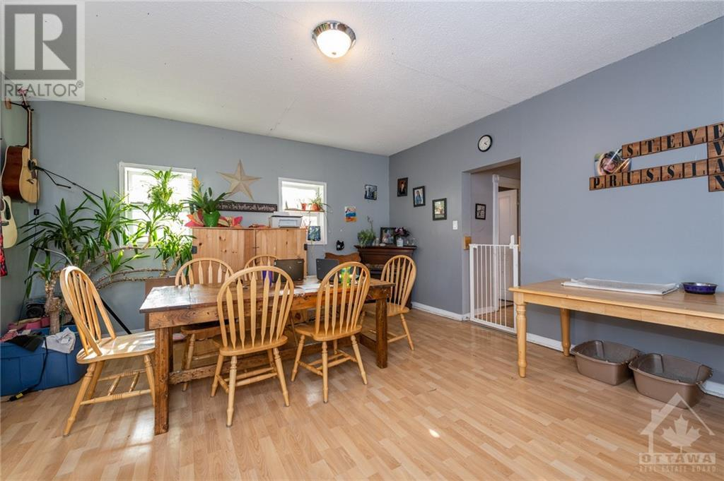 2800 Pierce Road, North Gower, Ontario  K0A 2T0 - Photo 4 - 1215563