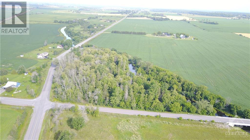 2615 Thomas A Dolan Parkway, Ottawa, Ontario  K0A 1L0 - Photo 3 - 1253638